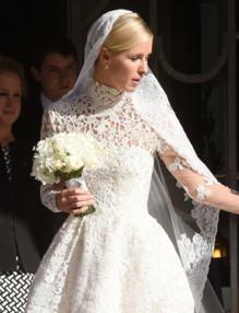Сватбата на Ники Хилтън не мина без гафове