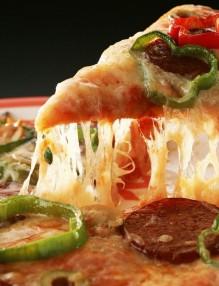 Пица или хамбургер - вечната битка във факти